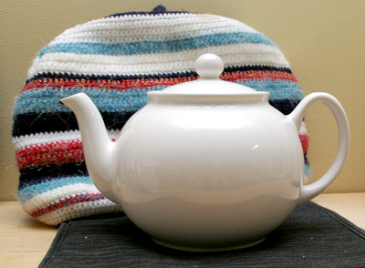 teapot and cosy
